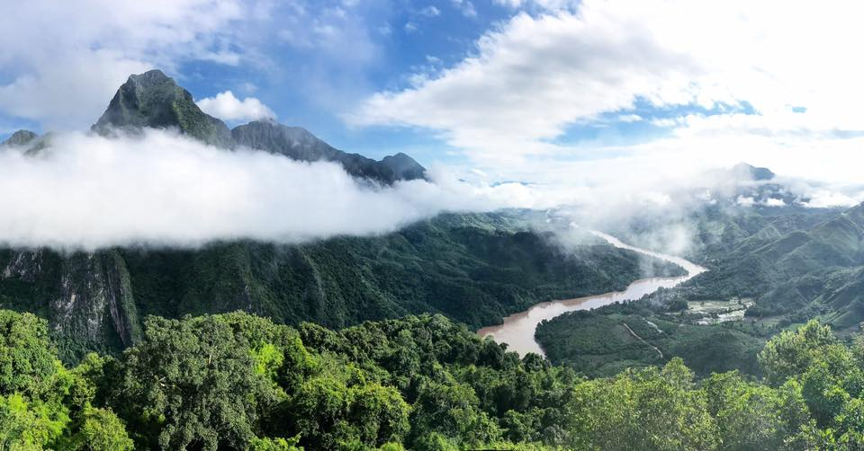 Beautiful Hike Laos - André Mershad