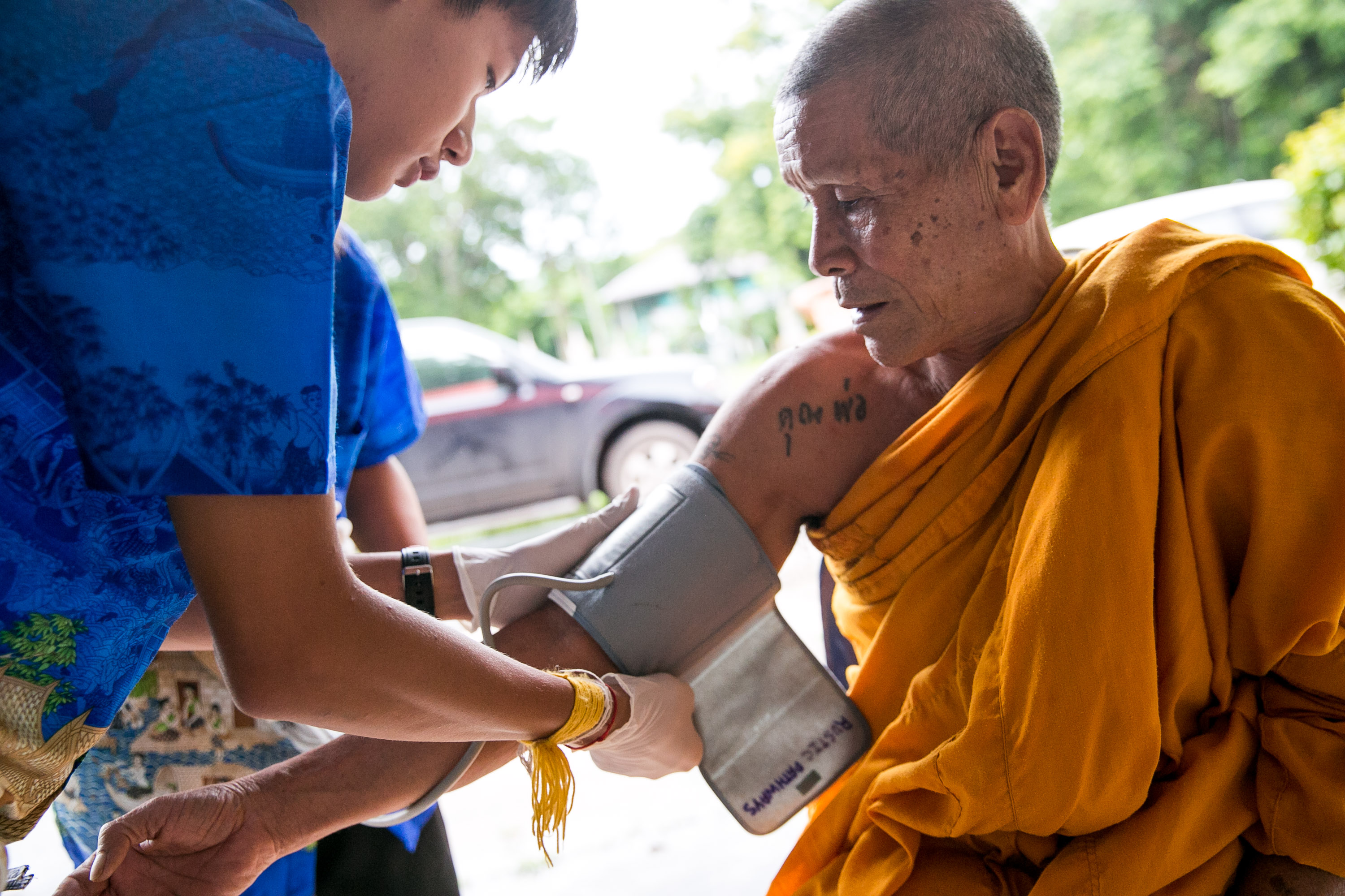 high school student performing community health service in Thailand