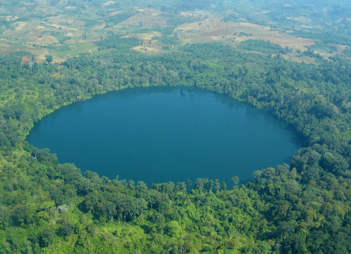 Lake Yeak Laom in Cambodia